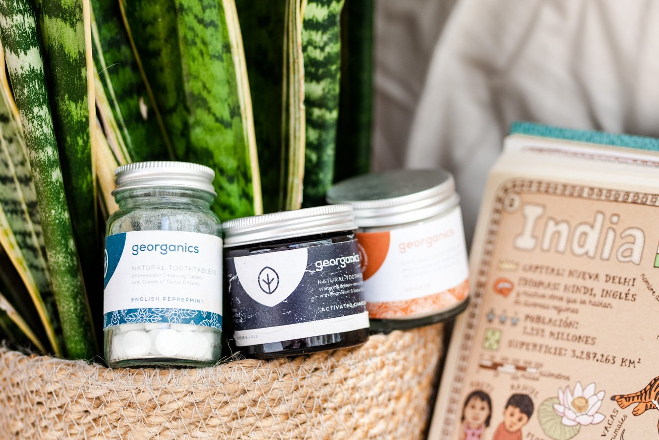 8 of the easiest ethical and sustainable travel toiletries