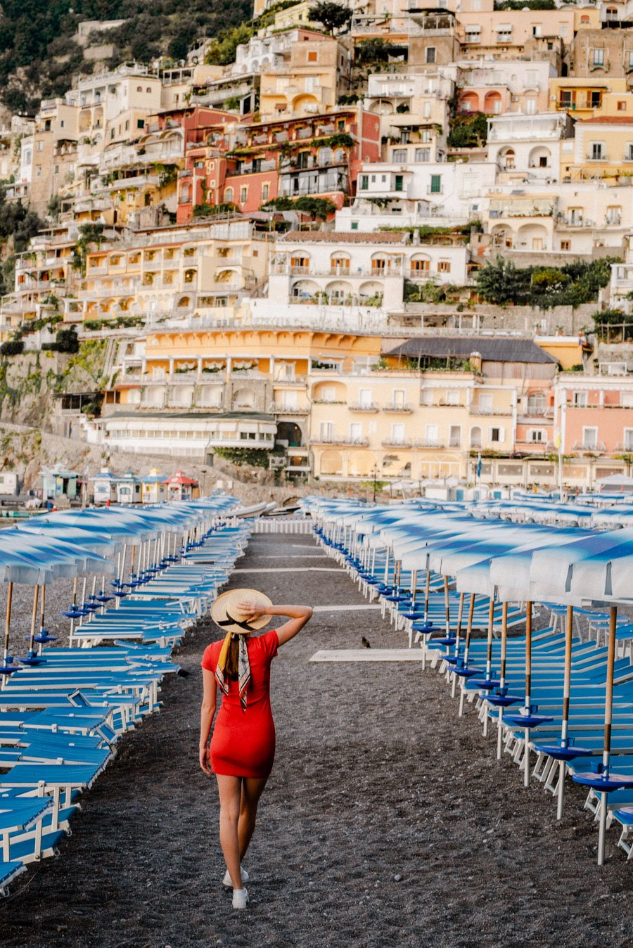 Take beautiful photos when you visit Positano. Discover the best photo locations in Positano. Get the perfect Instagram photo in Positano