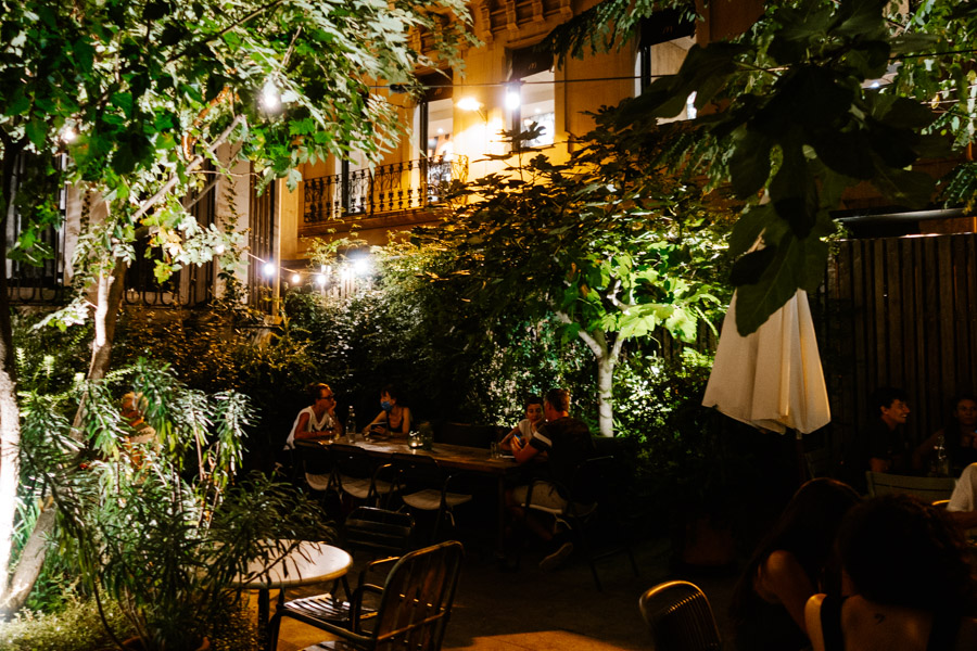 Les Filles is one of the best open air restaurants in Barcelona