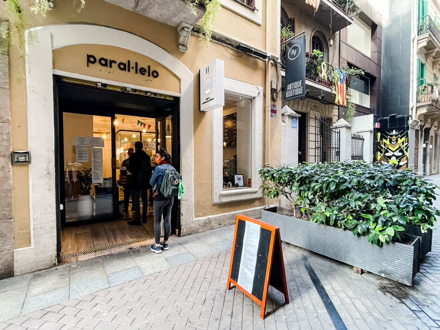 Parallelo is one of the best sweet shops in Barcelona. They make creative ice cream. If your looking for the best gelato in Barcelona then make sure you visit here.