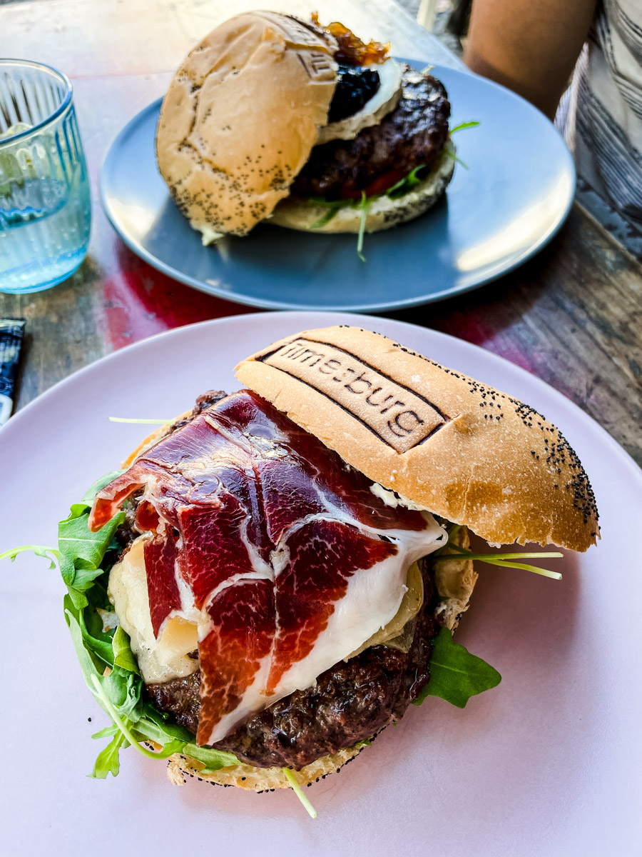Timesburg makes award wining burgers in Barcelona