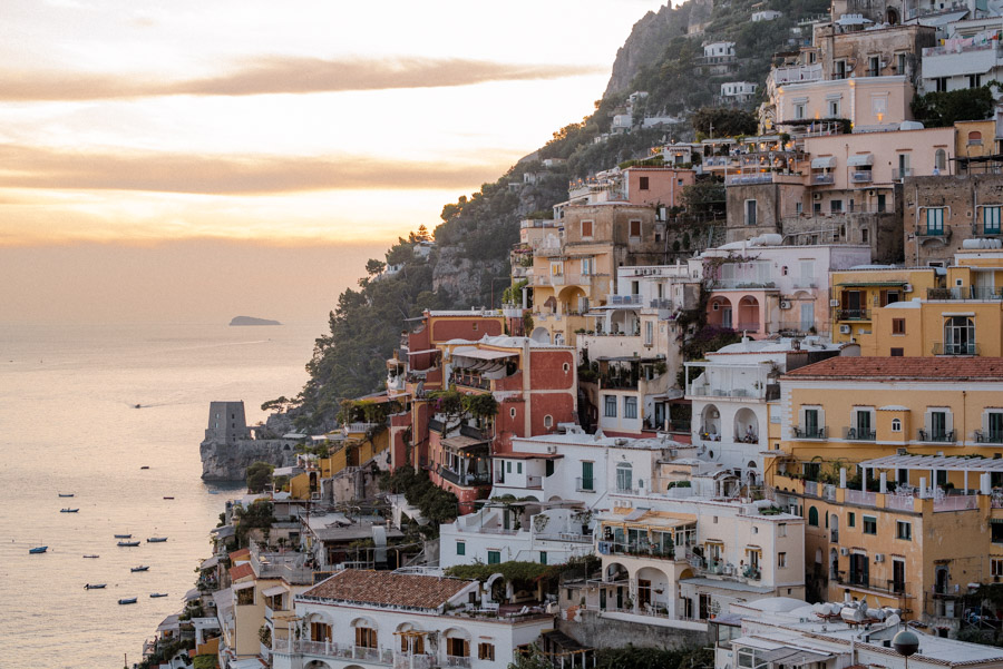 The complete travel guide to Positano. Find out where to go and what to do in this ultimate guide.