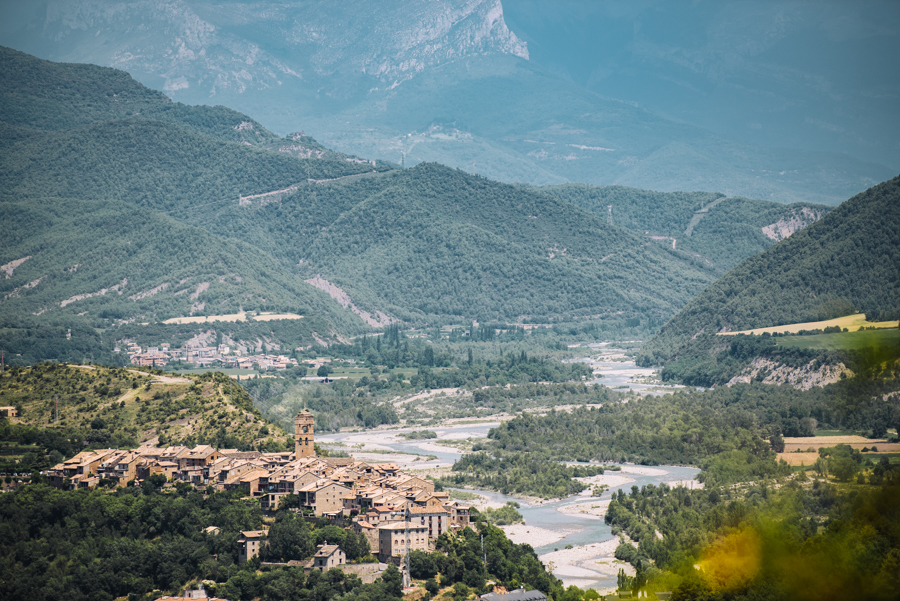 Discover the best easy hikes near Ainsa in Aragon